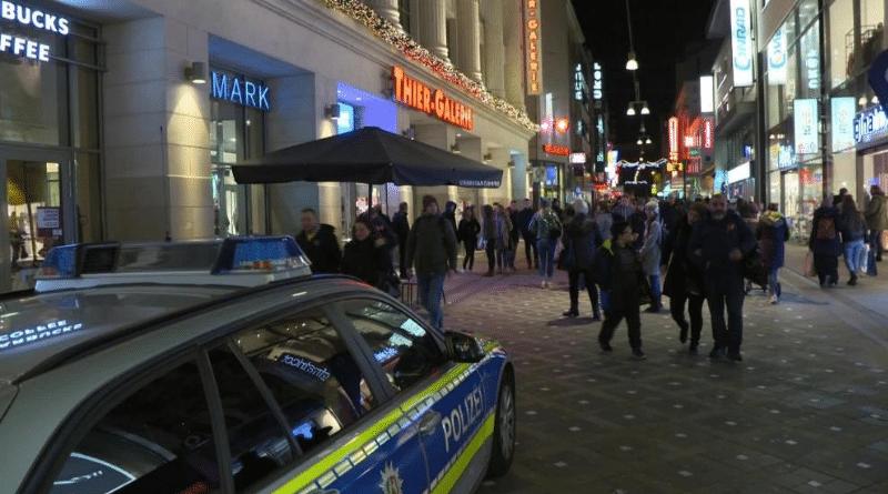 Происшествия: В торговом центре Дортмунда прозвучал взрыв, семь раненых