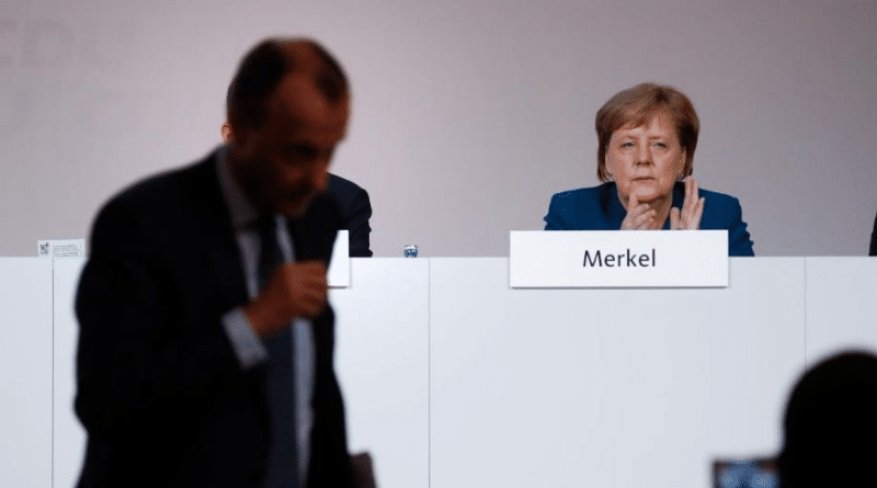 Политика: У Меркель нет работы в правительстве для Мерца