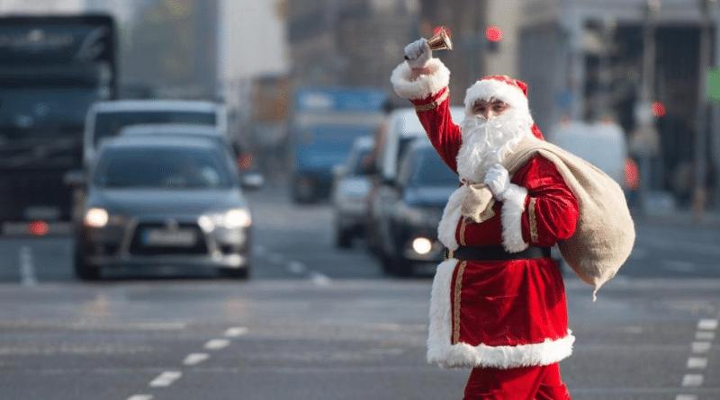 Деньги: Сколько стоят услуги Санта-Клауса в канун Рождества?