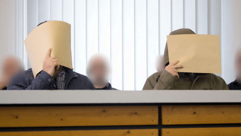Происшествия: Беженцы-близнецы готовили теракты на рождественских ярмарках в Германии