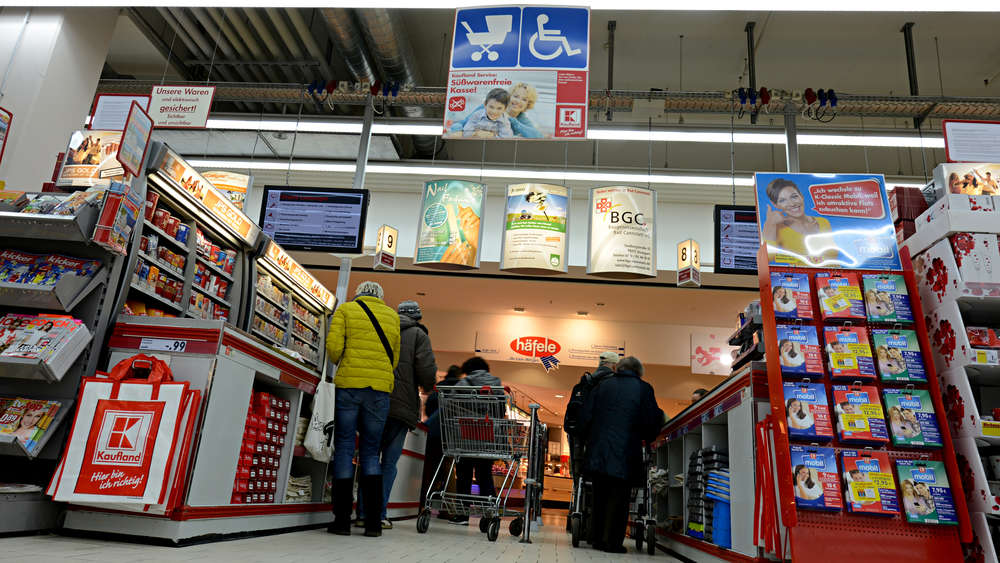 Общество: Kaufland убирает со своих полок товары известных марок