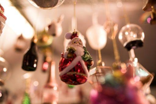 Досуг: Недовольный подарками школьник пожаловался на Деда Мороза в полицию