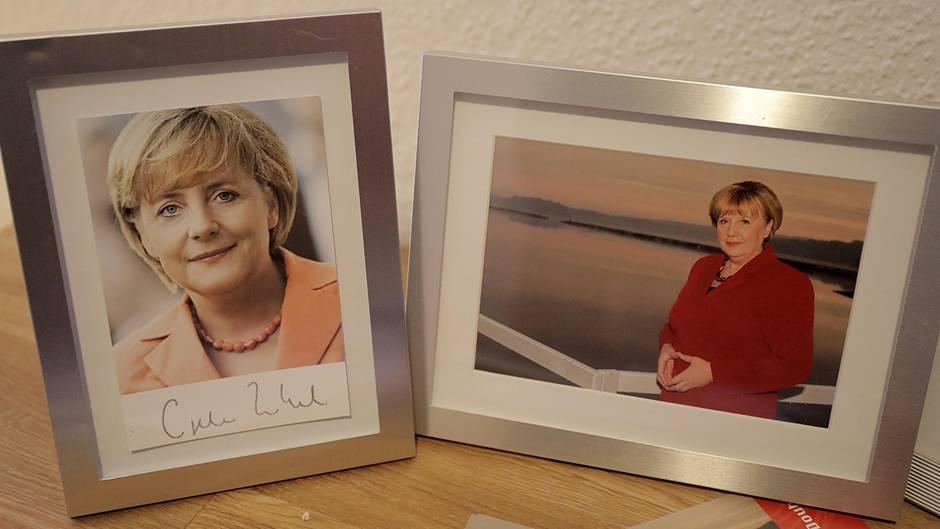 Общество: Где настоящая Меркель? В Германии объявился двойник канцлера