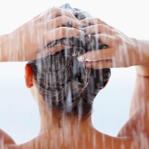 Полезные советы: Эти пять ошибок во время мытья головы делает практически каждый рис 2