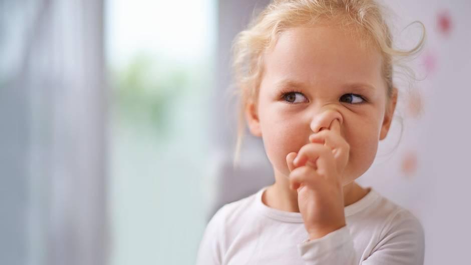 Здоровье: Почему ковыряние в носу вредно для здоровья