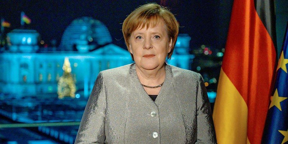 Общество: Новогоднее обращение Меркель: «Мы должны держаться вместе, несмотря ни на что»