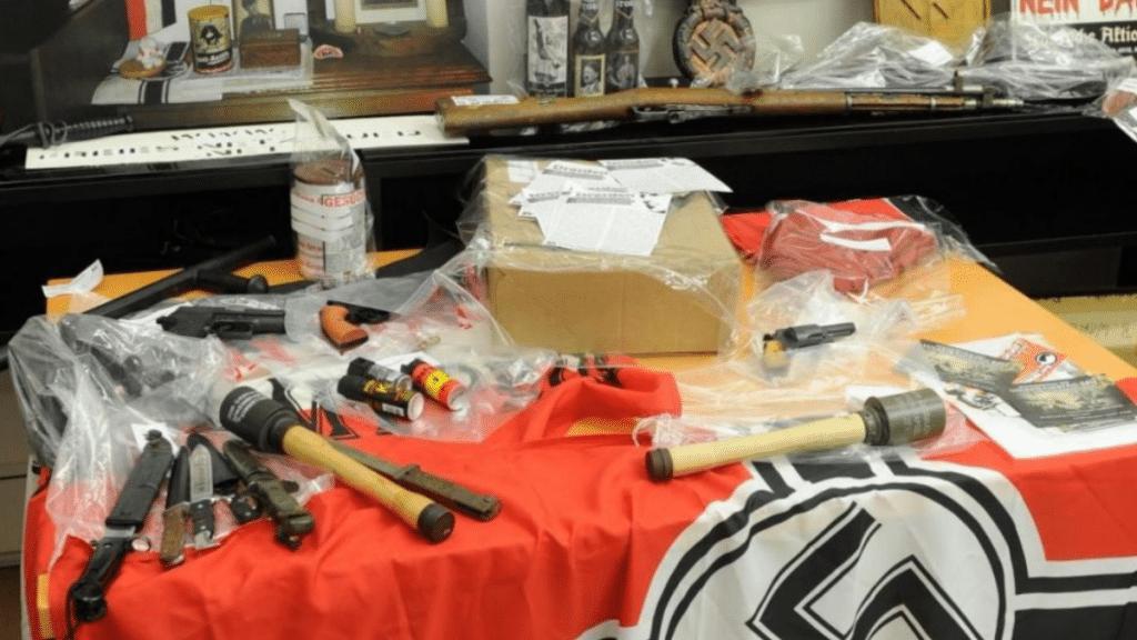 Происшествия: Неонацисты учатся обращаться с оружием на стрельбищах стран ЕС