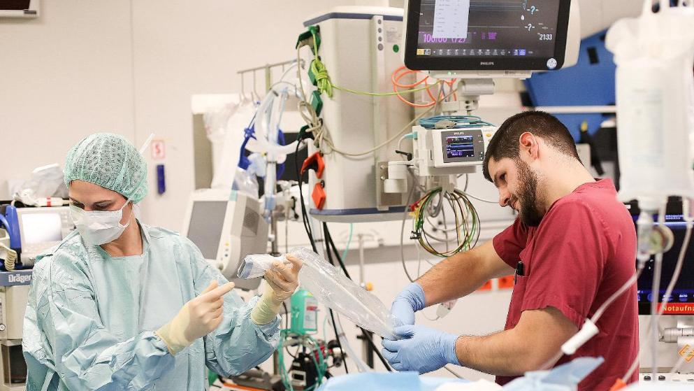 Общество: Пациенты, процедуры, усталость: рабочая неделя медбрата в Германии рис 5
