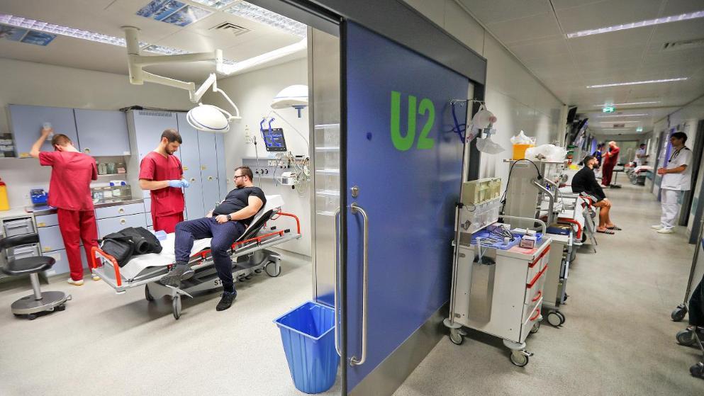 Общество: Пациенты, процедуры, усталость: рабочая неделя медбрата в Германии