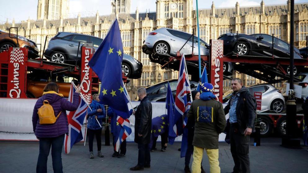 Политика: Жесткий Brexit: водительские права британцев на территории ЕС будут недействительны