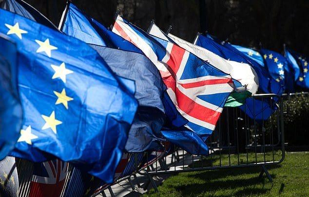 Политика: Европейские политики: Brexit – не угроза безвизу
