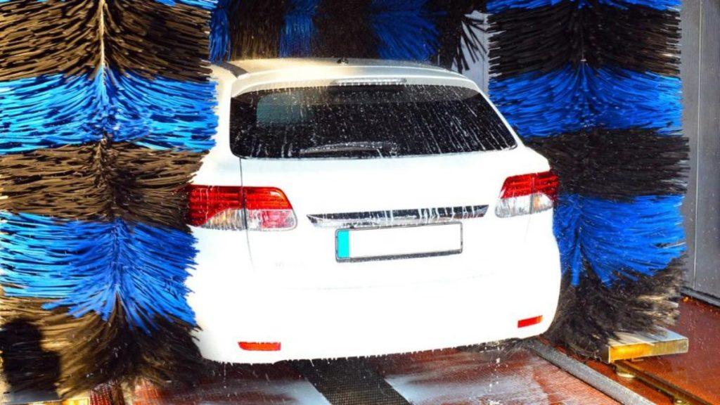 Полезные советы: Можно ли мыть автомобиль зимой?
