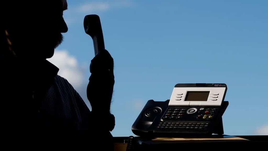 Общество: Услышав эти фразы по телефону, сразу звоните в полицию
