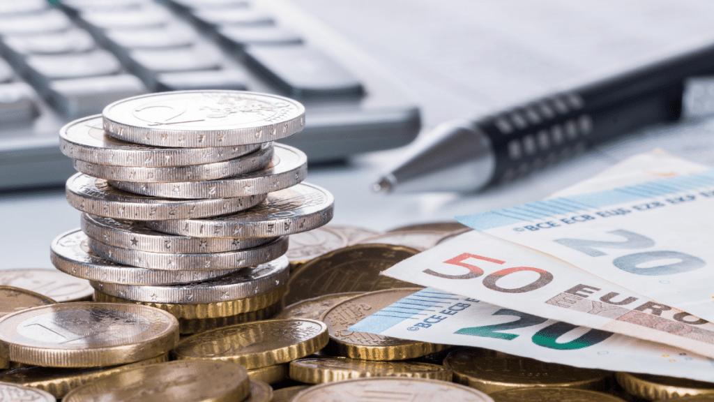 Закон и право: Совет юриста: что делать если вам не платят зарплату?