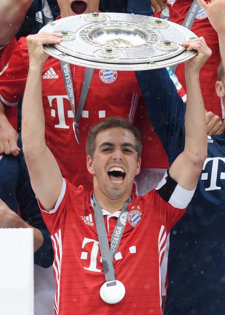 Галерея: Топ-11 лучших футболистов Германии рис 10
