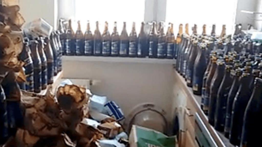 Происшествия: Арендатор семь лет не выбрасывал пивные бутылки из-за лени и стыда