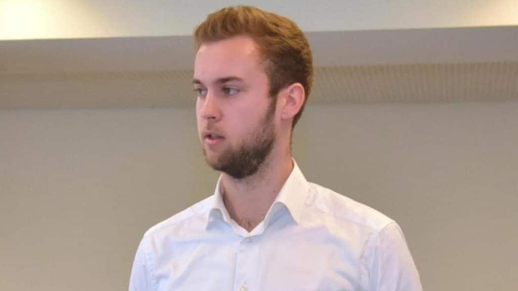 Общество: Мужчине отказали в приеме на работу, за это он получил компенсацию в размере €3900