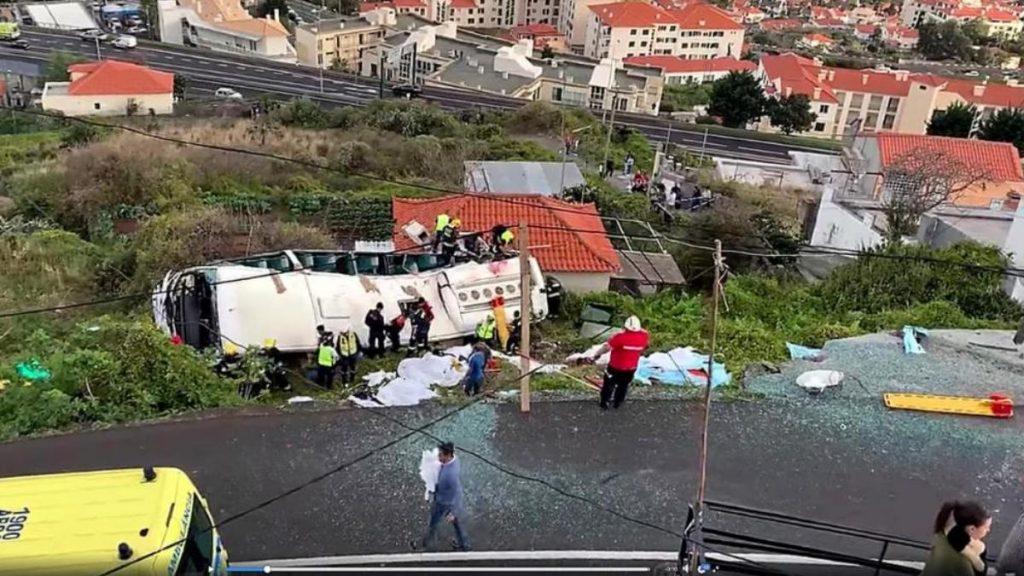 Происшествия: Туристический автобус попал в аварию: погибло минимум 29 немцев