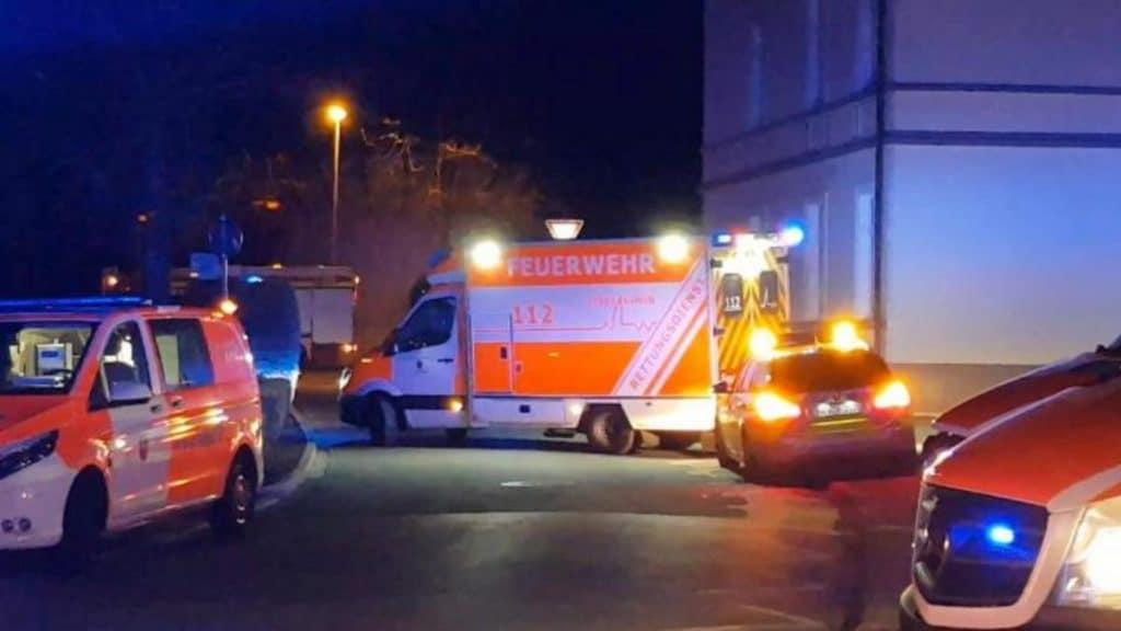 Происшествия: Убив шестилетнюю дочь, женщина пыталась покончить с собой