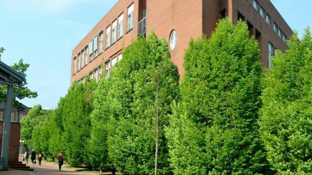 Происшествия: Фленсбург: арестован ученик, который грозился начать убивать одноклассников