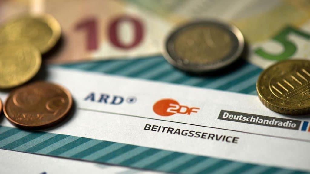 Деньги: Налог на телевидение в Германии: что нужно знать?