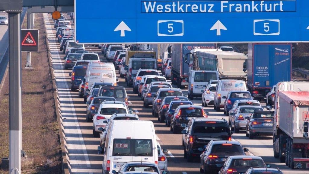 Общество: Пасхальные каникулы и строительные работы: в Гессене ожидаются большие пробки