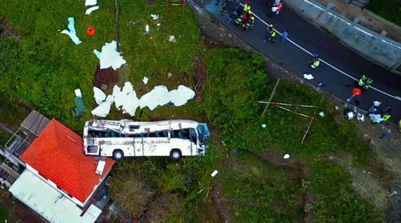 Происшествия: Туристический автобус попал в аварию: погибло минимум 29 немцев рис 2
