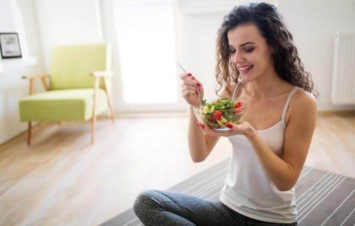 Полезные советы: Типичные признаки того, что вы едите слишком мало, чтобы похудеть