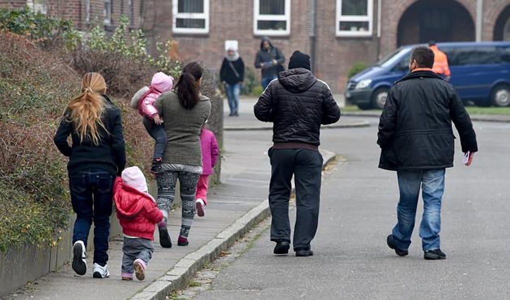 Общество: Количество исков со стороны беженцев в Германии достигло рекордного уровня
