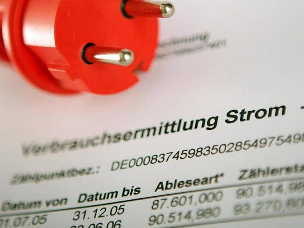 Общество: Поставщики электроэнергии обдирают немецких потребителей, не боясь последствий