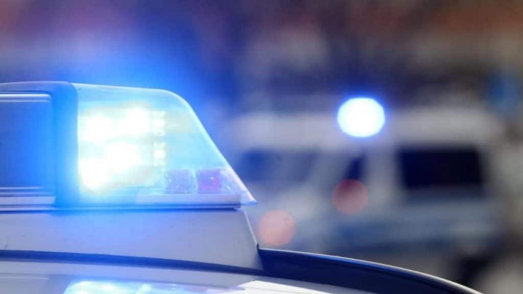 Происшествия: Северный Рейн-Вестфалия: посреди дороги нашли тяжело раненого ребенка