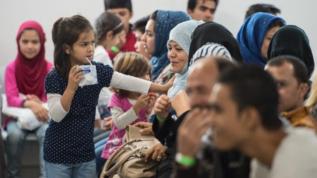 Общество: Федеральное правительство и земли договорились о расходах на беженцев