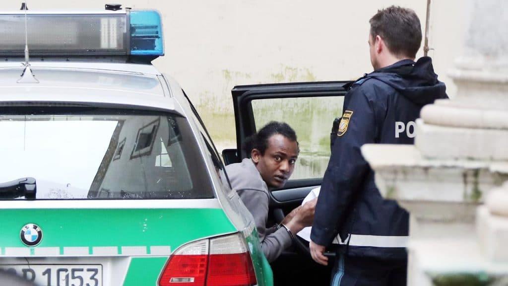 Общество: Беженца, который едва не убил 12-летнего мальчика, приговорили к 7,5 годам лишения свободы