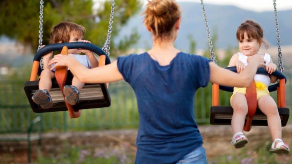 Общество: Германия отправляет за границу миллионы евро детских пособий