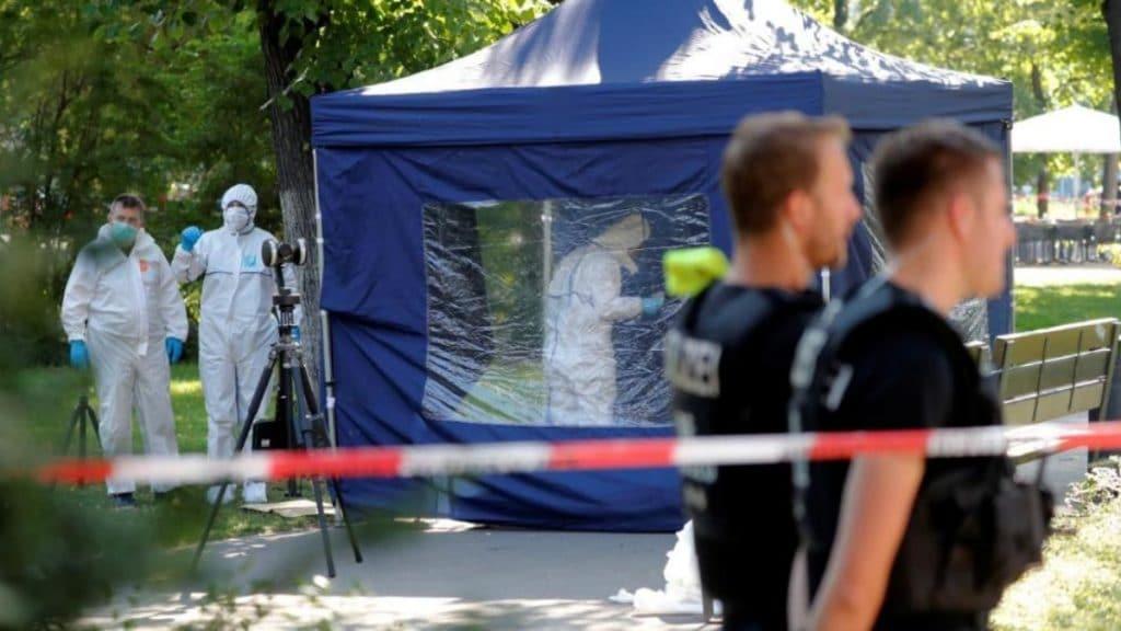 Происшествия: В центре Берлина мужчине дважды выстрелили в голову: подробности хладнокровного убийства