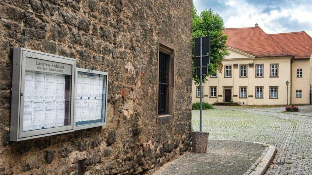 Общество: Власти Саксонии-Анхальт разыскивают 12 беженцев. Сколько таких пропавших по всей стране?
