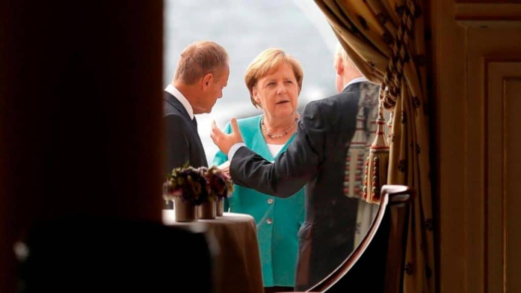 Политика: Саммит G7: лидирующие страны не сдерживают своих обещаний