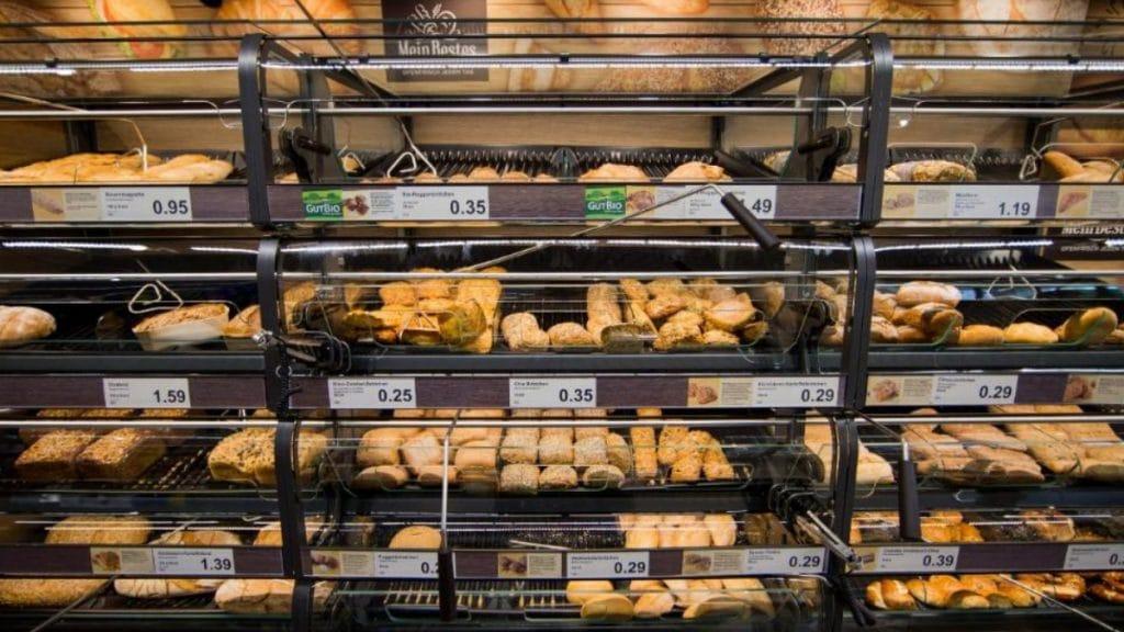 Общество: Что дискаунтеры делают с хлебобулочными изделиями, которые не удалось продать в течение дня?