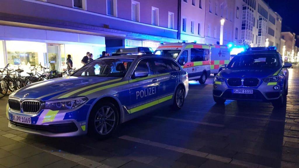 Происшествия: Беспорядки в Регенсбурге: беженцы забросали полицейских камнями и бутылками