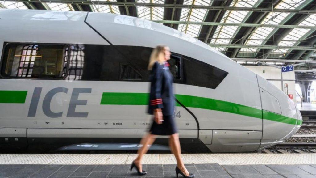 Общество: Новый дизайн, Wi-Fi и более доступные билеты: какие изменения ждут клиентов Deutsche Bahn