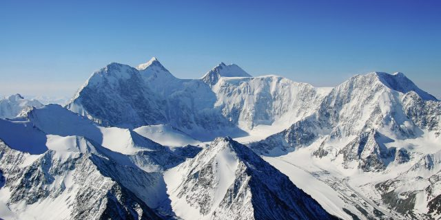 Восхождение на Белуху (Алтай, 4509м) набираем группы на лето 2018